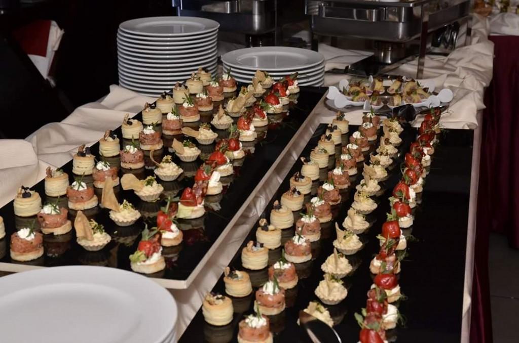 Wellness Cuisine _ Mini  Tarta Neutra 4.5 Cm  si  Mini  - Bouchee  3.5 Cm