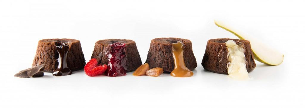 lava cake ciocolata zmeura pere caramel